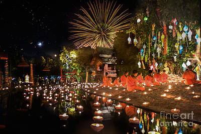 Loy Photograph - New Year Anniversary Festival At Chaing Mai by Anek Suwannaphoom