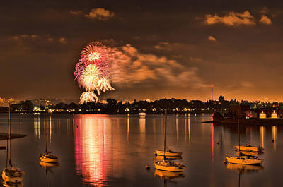 Photograph - New Year's Fireworks At Sea World by Kayta Kobayashi