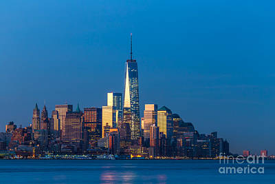 1 Wtc Photograph - New York City 01 by Tom Uhlenberg
