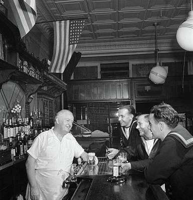New York City Bar, 1942 Art Print by Granger