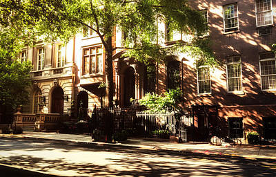 Brownstones Photograph - New York City Brownstones In The Sun by Vivienne Gucwa