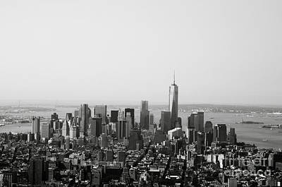 Black And White Photograph - New York City by Linda Woods