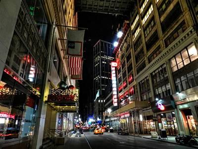 Photograph - New York City - Manhattan Mall by Lance Vaughn
