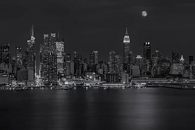 Photograph - New York City Night Lights by Susan Candelario