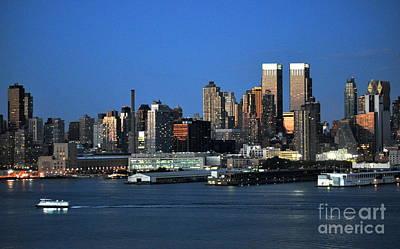 Photograph - New York City Skyline At Dusk by Kathy Flood