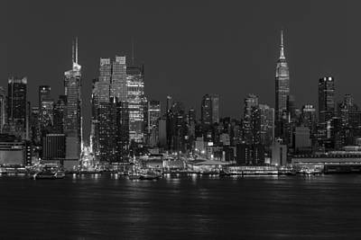 New York City Skyline In Christmas Colors Bw Art Print