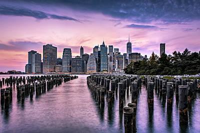 Brooklyn Bridge Photograph - New York City Skyline Sunset Hues by Susan Candelario