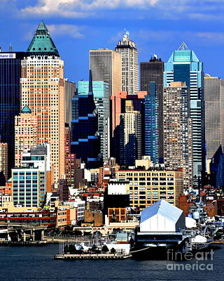 Photograph - New York City Skyline With One World Wide Plaza by Kathy Flood
