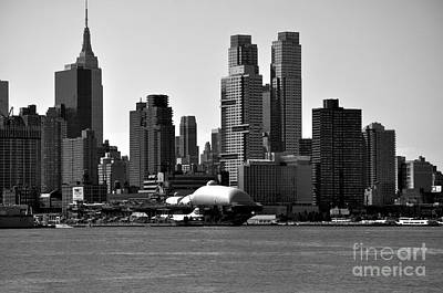 Photograph - New York City Skyline With Space Shuttle Dome Black And White by Kathy Flood