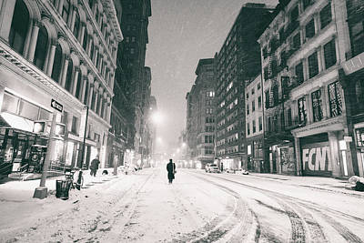 New York City - Snow - Empty Streets At Night Print by Vivienne Gucwa