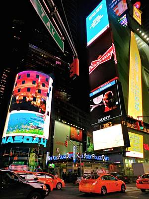 New York City - Times Square 004 Print by Lance Vaughn