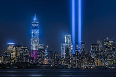 911 Memorial Photograph - New York City Tribute In Lights by Susan Candelario