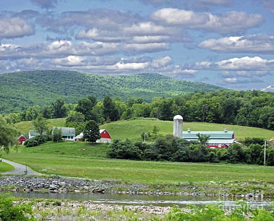 Photograph - New York Farm Catskill Mountain Foothills by Lizi Beard-Ward