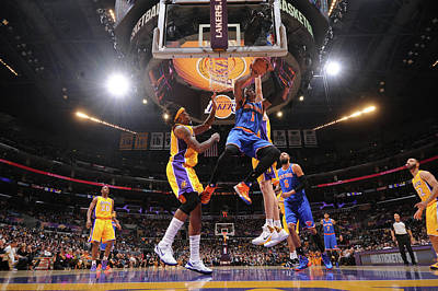 Photograph - New York Knicks V Los Angeles Lakers by Andrew D. Bernstein