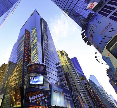 Auditors Wall Art - Photograph - New York Manhattan Big Accounting Firm by E Osmanoglu
