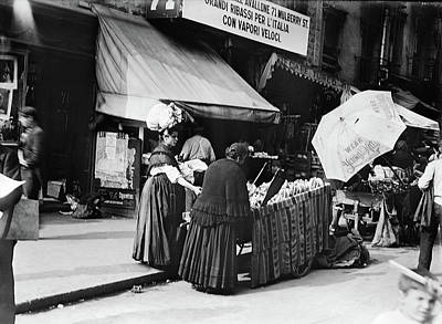 Photograph - New York Mulberry Street by Granger