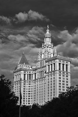 New York Municipal Building - Black And White Art Print