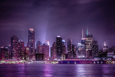 Photograph - New York Nights by Linda Karlin