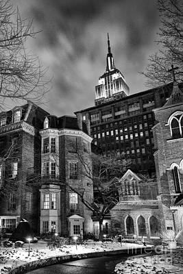 Transfiguration Photograph - New York Scene by John Farnan
