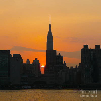 New York Skyline At Sunset Art Print by Avis  Noelle