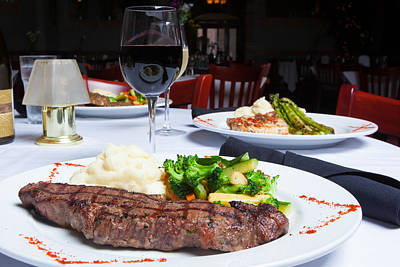 Malbec Photograph - New York Strip Steak With Mashed Potatoes And Mixed Vegetables 4 by Erin Cadigan