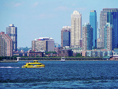 City Photograph - New York Water Taxi by Susan Savad