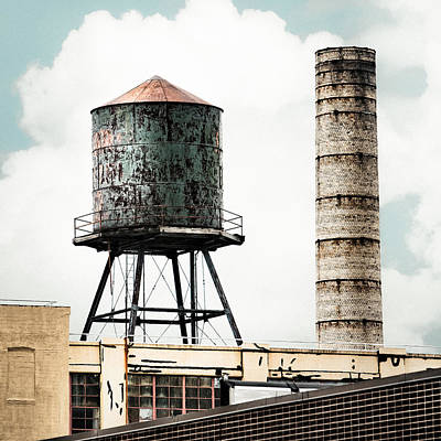 Water Tower And Smokestack In Brooklyn New York - New York Water Tower 12 Art Print by Gary Heller