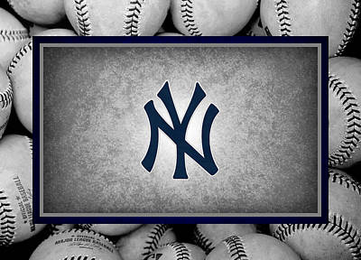 Yankees Photograph - New York Yankees by Joe Hamilton