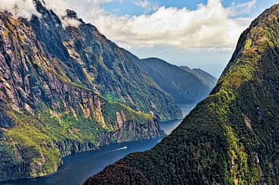 Schwarz Photograph - New Zealand, South Island, Fiordland by Rona Schwarz