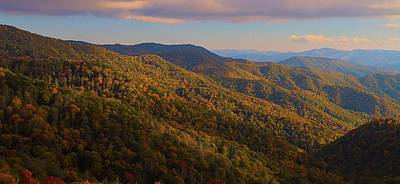 Newfound Gap Road In Autumn Print by Dan Sproul