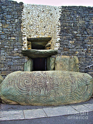 Newgrange Entrance Art Print