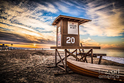Shack Photograph - Newport Beach Lifeguard Tower 20 Hdr Photo by Paul Velgos