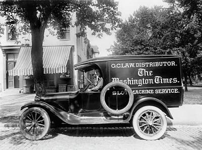 Newspaper Truck Art Print