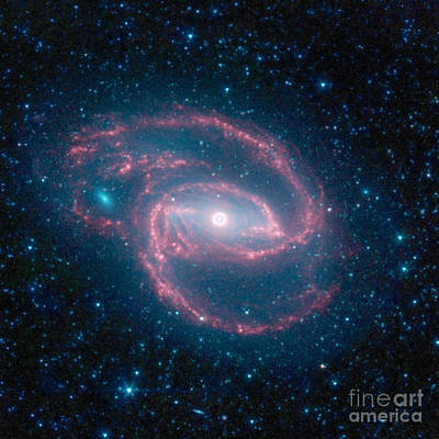 Photograph - Ngc 1097-caldwell 67-barred Spiral by Science Source