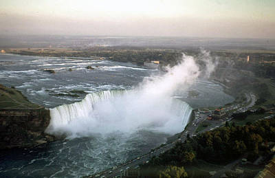 Photograph - Niagara Falls 1968 by John Mathews