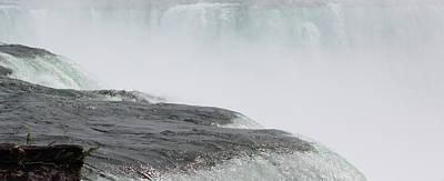 Photograph - Niagara Falls 2 by Kume Bryant