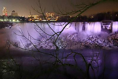 Photograph - Niagara Falls At Night by Munir Alawi