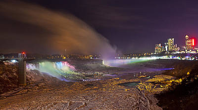 Niagara Falls Ice Bridge Art Print by Richard Engelbrecht