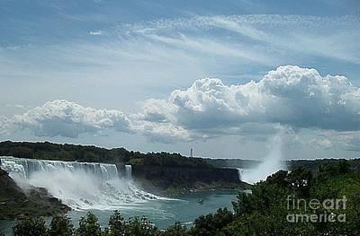 Photograph - Niagara Falls by Iris Gelbart