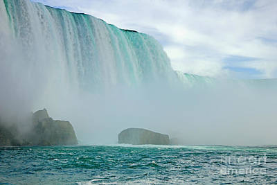 Photograph - Niagara Falls Low Angle by Charline Xia