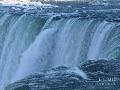 Photograph - Niagara Falls In Winter by Phil Banks