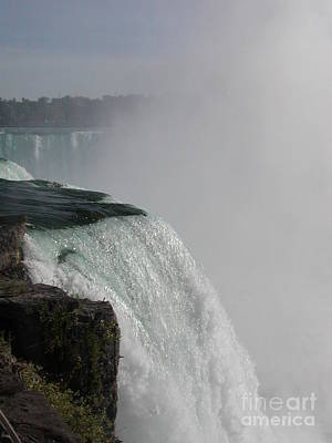 Photograph - Niagara Mist by George Mount