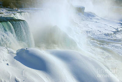 Photograph - Niagara Winter Wonder by Charline Xia