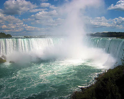 Photograph - Niagra Wonder by Wade Waldrup
