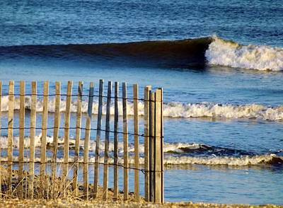 Photograph - Nice Wave by John Wartman