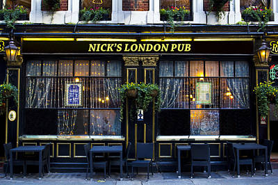 Photograph - Nick's London Pub by David Pyatt