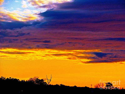 Night Thinks Of Day Art Print by Q's House of Art ArtandFinePhotography
