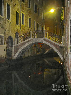 Photograph - Night Time In Venice by Suzanne Oesterling