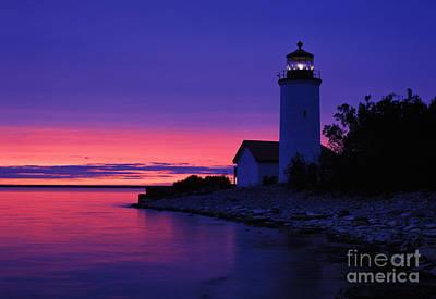 Photograph - Nine Mile Point Light - Fm000022a by Daniel Dempster