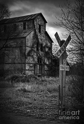 Photograph - No Grain No Train by Fred Lassmann